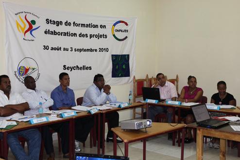 Séminaire de formation des cadres en élaboration de projets de développement des secteurs Jeunesse et Sports(Zone Océan Indien)