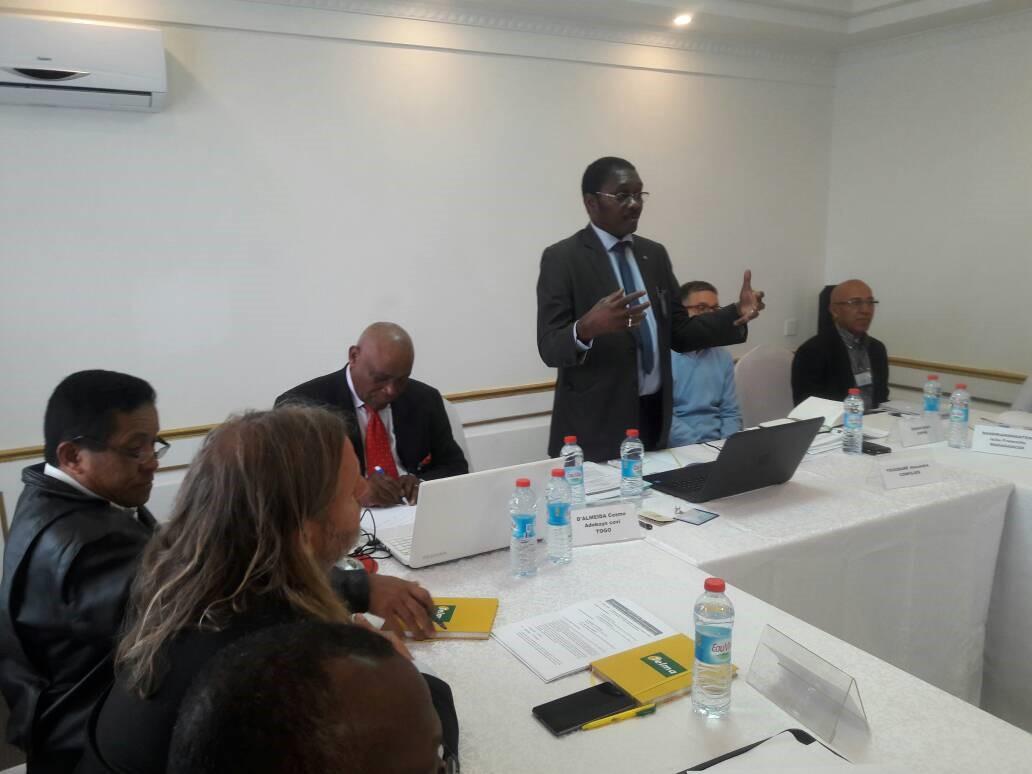 L'EDUCATION PHYSIQUE DE QUALITE COMME ALTERNATIVE AUX BESOINS DES ETATS DU SUD
