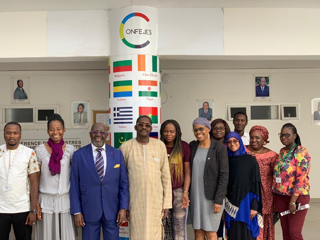 Visite de l'ambassadeur du Cameroun au Sénégal dans les locaux de la CONFEJES.